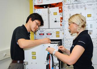 写真:ESAで訓練を受ける金井宇宙飛行士