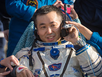 JAXA宇宙飛行士活動レポート2014年5月へリンク