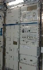 写真:「きぼう」船内実験室に設置された勾配炉実験ラック(出典:JAXA/NASA)