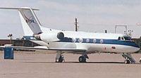 写真:スペースシャトル着陸訓練機