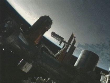 画像:「こうのとり」3号機の補給キャリア非与圧部に収納された曝露パレット