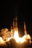 写真:H-IIBロケットの打上げ