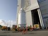 画像:HTV初号機が大型ロケット組立棟へ移動へリンク