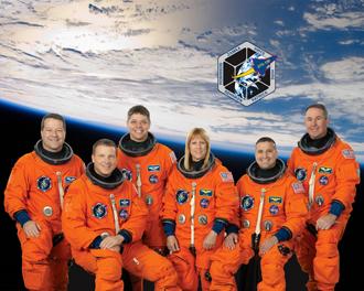 クルー: 国際宇宙ステーションの...