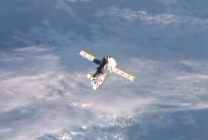 ISSから離脱したプログレス補給船(55P)(出典:JAXA/NASA)