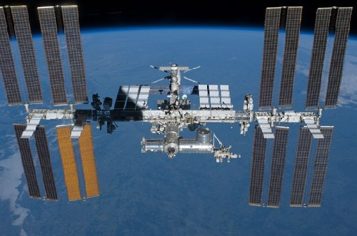 Fantastic view of the International Space Station with Earth in the background.