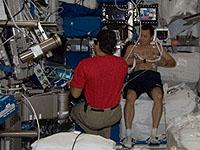 ICV実験で被験者となる星出宇宙飛行士(8月1日撮影)(出典:JAXA/NASA)
