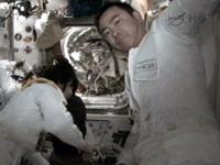 船外活動を終えた星出、ウィリアムズ両宇宙飛行士
