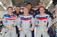 写真:ISS第38次長期滞在クルー