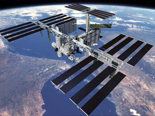1998年 国際宇宙ステーション建...
