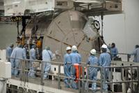 SSPF内で整備が行われる「きぼう」船内保管室