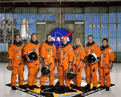 写真:STS-124クルー