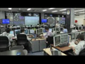 「こうのとり」5号機取付け時のHTV運用管制室の様子
