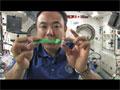 宇宙ふしぎ実験「ゴムにおもりをつけて飛ばす」