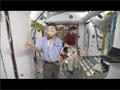 ISSでの緊急事態を想定した訓練を行う第28次/第29次長期滞在クルー