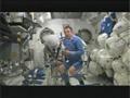 野口宇宙飛行士によるソコル宇宙服の紹介