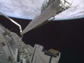 20A(STS-130)飛行2日目ハイライト(機体の熱防護システムの検査)