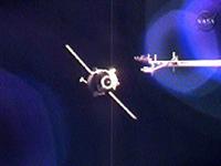 ISSに接近するプログレス補給船(36P)(提供:NASA)