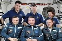 6人体制となった第27次長期滞在クルー(出典:JAXA/NASA)