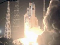 ATV3を搭載したアリアン5ロケットの打上げ(出典:JAXA/NASA/ESA)