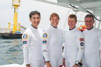 油井宇宙飛行士(左)らNEEMO16訓練参加者(出典:JAXA/NASA)