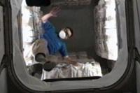 「こうのとり」3号機の補給キャリア与圧部内に入室した星出宇宙飛行士(出典:JAXA)