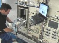 CBで作業を行うグレゴリー・シャミトフ宇宙飛行士(提供:NASA)